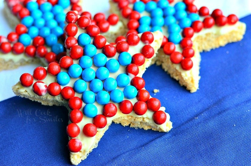 Red White and Blue Rice Krispie Stars 3  from willcookforsmiles.com #redwhiteandblue #treat #memorialday