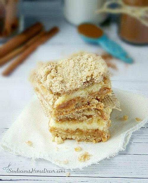 A-Delicious-Gooey-Caramel-and-Apple-Shortcake-Bars