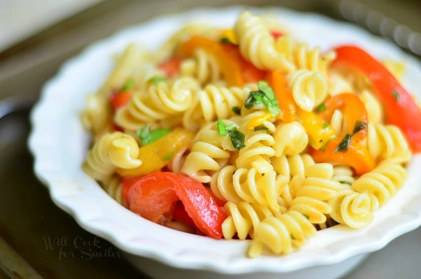 Roasted Bell Pepper and Garlic Pasta Salad 3 from willcookforsmiles.com
