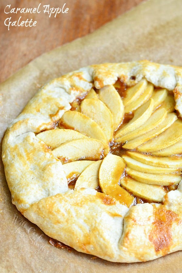 This rustic Caramel Apple Galette is not only delicious, it is ...