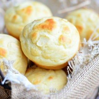 Roasted Garlic Dinner Muffins
