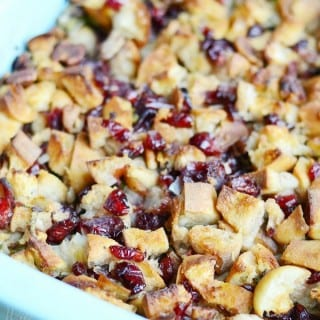 Cranberry Pecan Stuffing | Progressive Dinner & Giveaway