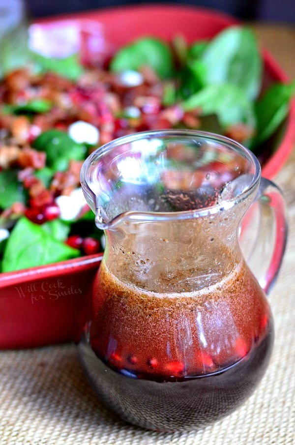 Homemade Pomegranate Vinaigrette