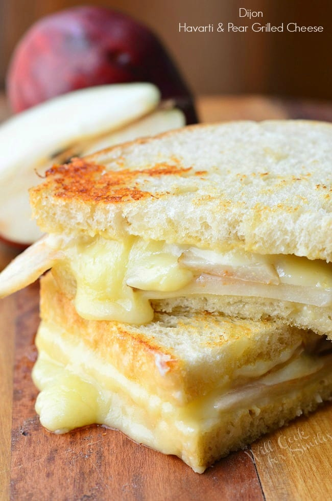 Dijon Havarti & Pear Grilled Cheese. Easy sandwich made with creamy Havarti cheese, sweet pear seared with honey and some Dijon mustard. | from willcookforsmiles.com