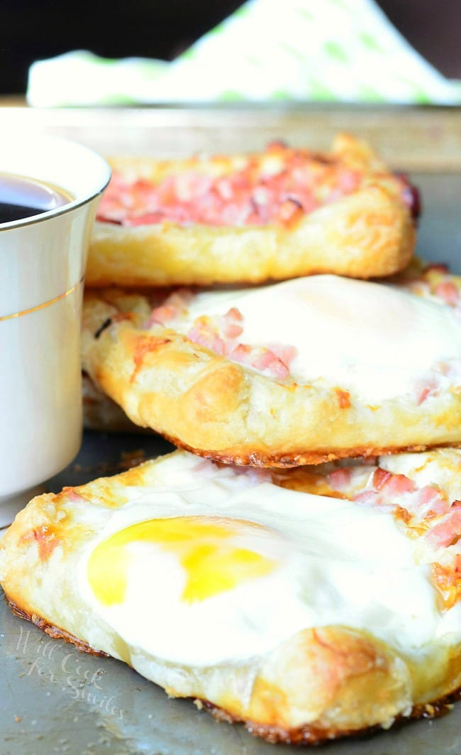 Ham, Egg & Cheese Breakfast Pastry 2 from willcookforsmiles.com