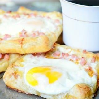 Ham, Egg & Cheese Breakfast Pastry 4 from willcookforsmiles.com