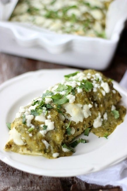 Chili-Verde-Enchiladas-with-SimplyGloria.com-chiliverde-enchiladas-