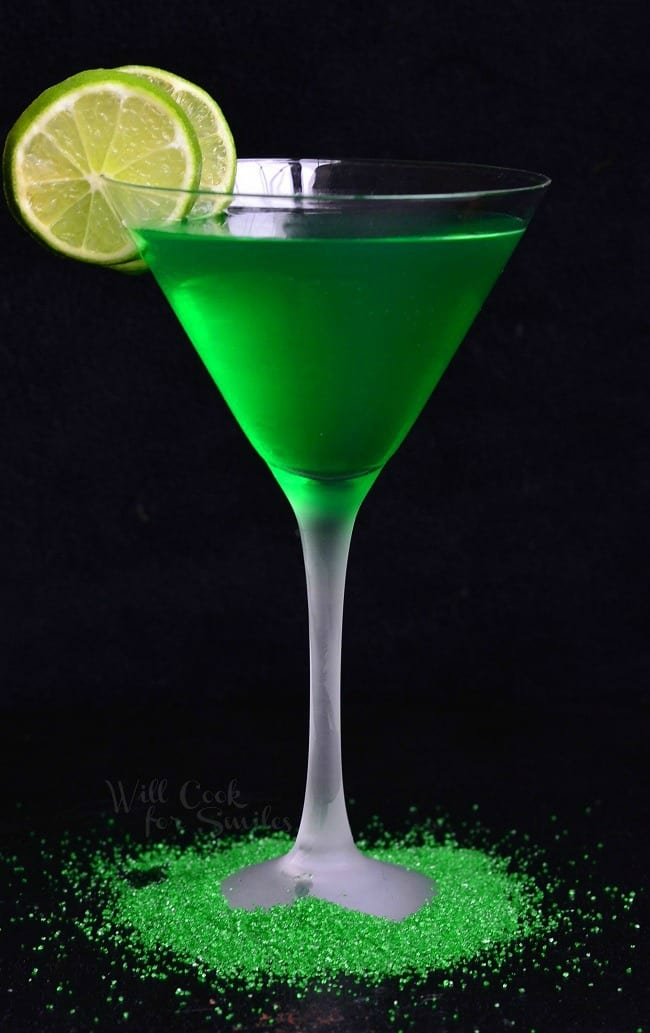Lime martini green drink will cook for smiles for Green cocktails with vodka