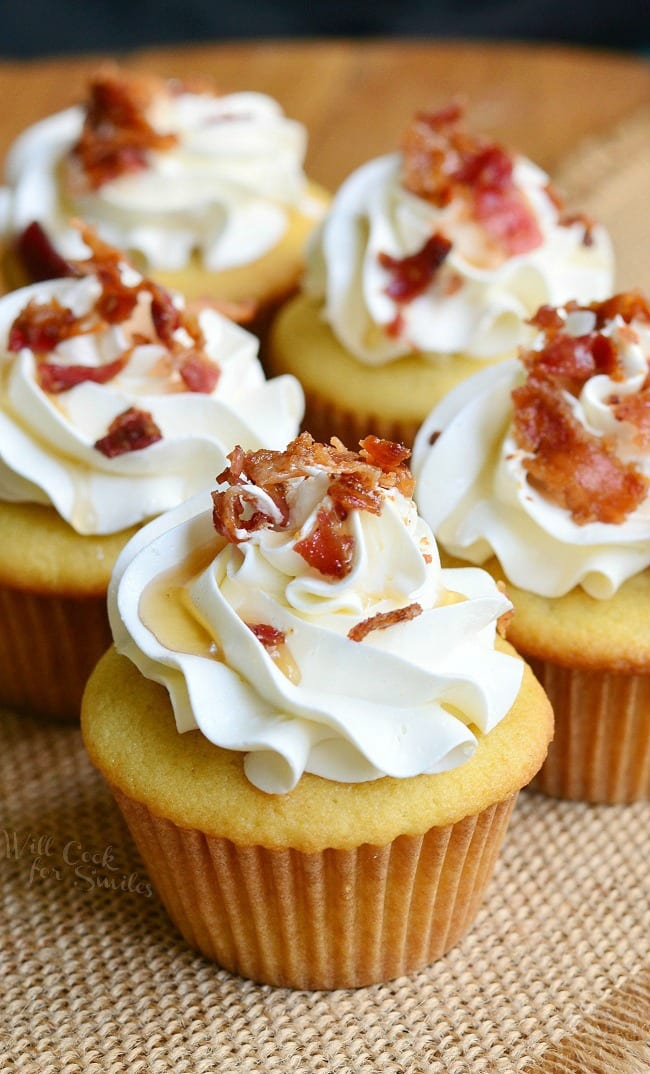 Maple Bacon Cupcakes Soft With A Hint Of Topped Ercream