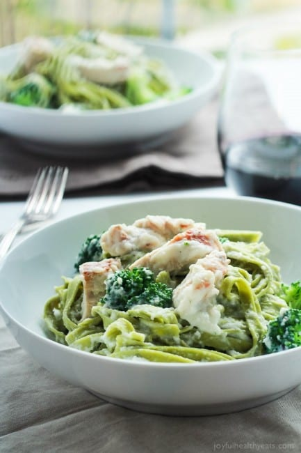 Skinny-Chicken-Alfredo-Pasta-with-Broccoli-4