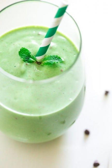 green-smoothie-picture