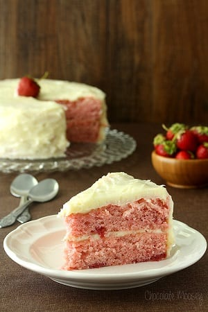 Strawberry-Layer-Cake-With-Cream-Cheese-Frosting-4881