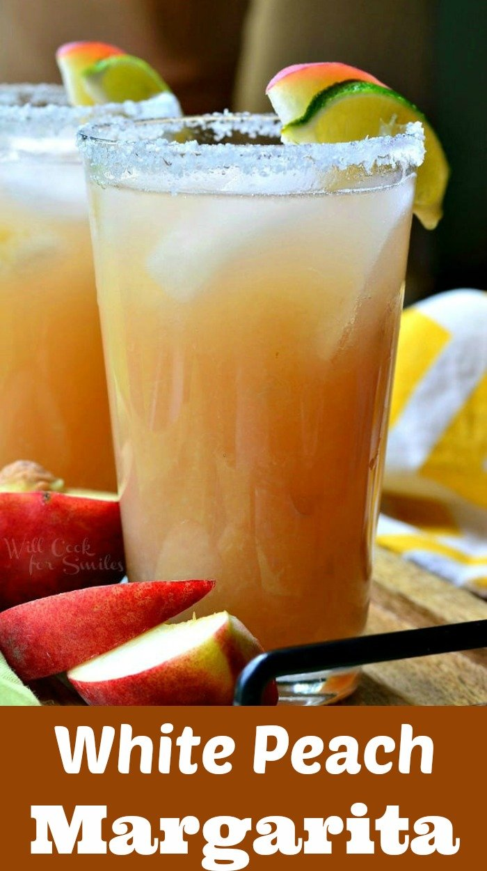 Peach Margarita. Refreshing margarita on the rocks made with fresh peach puree. #margarita #cocktail #drink #peach