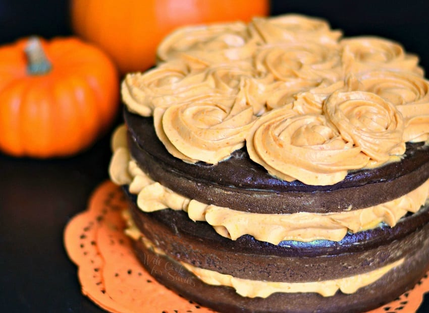 Chocolate Cake with Pumpkin Cream Cheese Frosting #pumpkin #cake