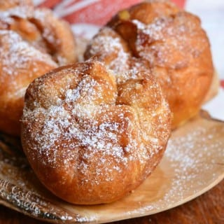 Easy Apple Pie Doughnuts