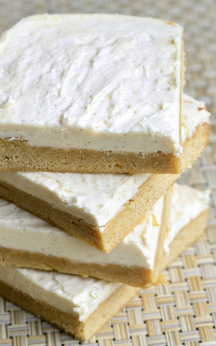 Frosted Maple Cookie Bars | from willcookforsmiles.com #cookiebars #frosted #dessert