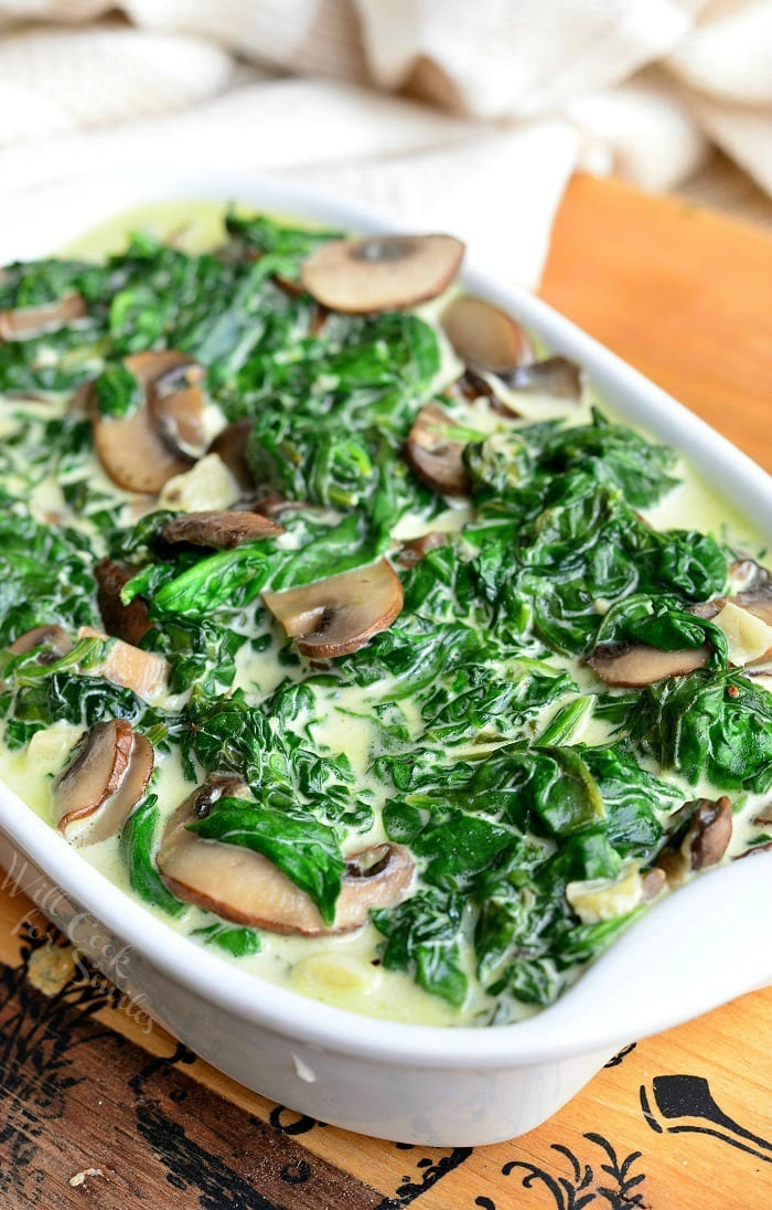 Creamed Spinach and Mushrooms in White Wine Sauce in a casserole dish