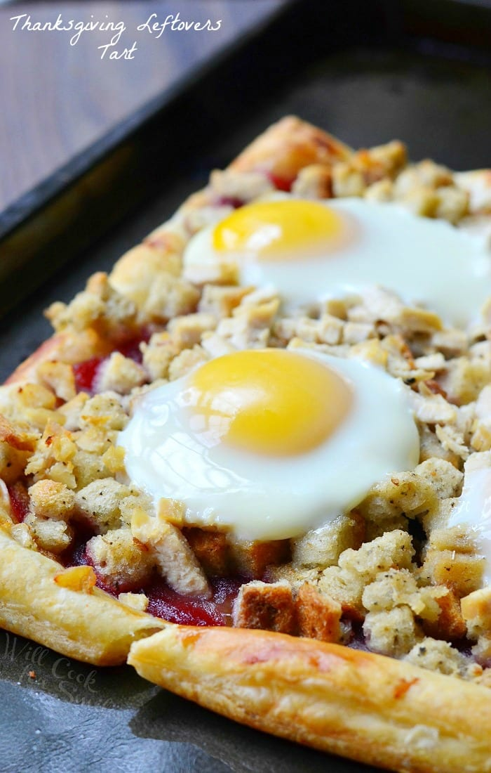 Thanksgiving Leftovers Tart (Turkey, Stuffing, Cranberry and Egg Tart) | from willcookforsmiles.com