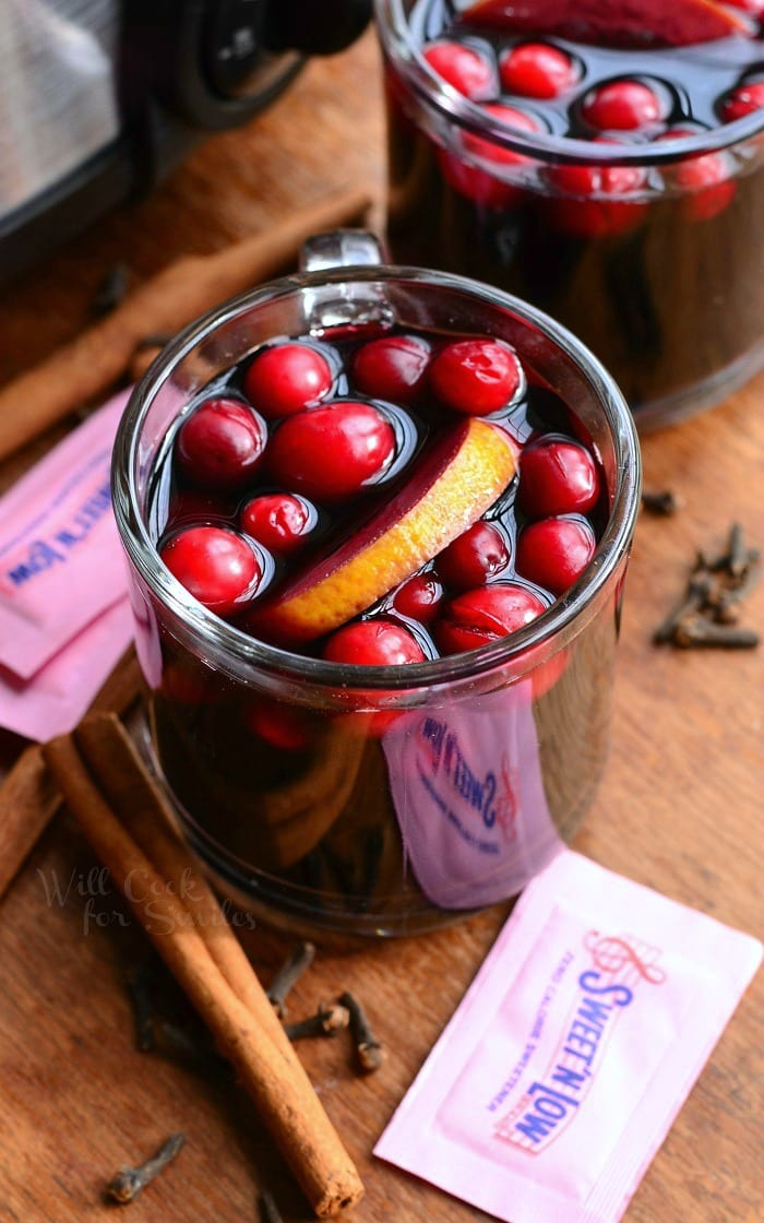 Crock Pot Spiced Orange Cranberry Sangria | from willcookforsmiles.com