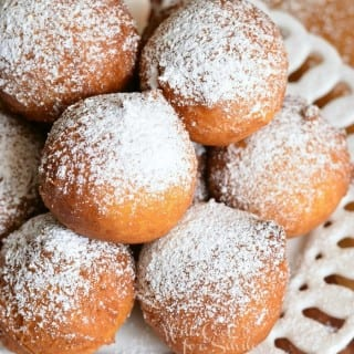 Easy Ricotta Doughnuts