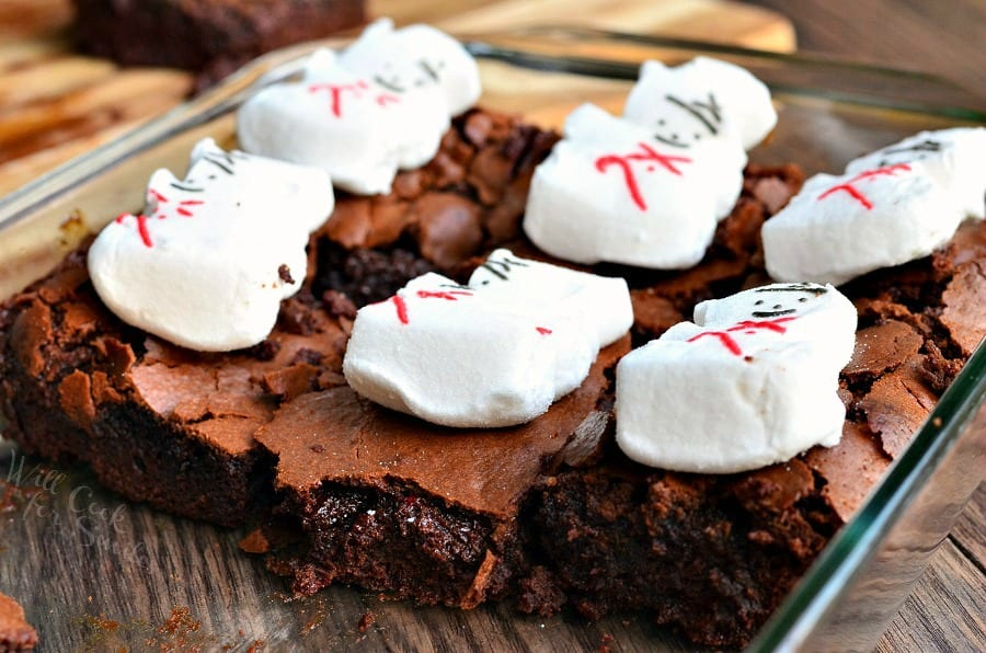 Gooey Peppermint Marshmallow Brownies | from willcookforsmiles.com