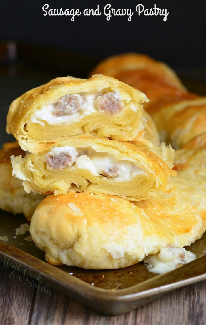 Sausage and Gravy Pastry | from willcookforsmiles.com
