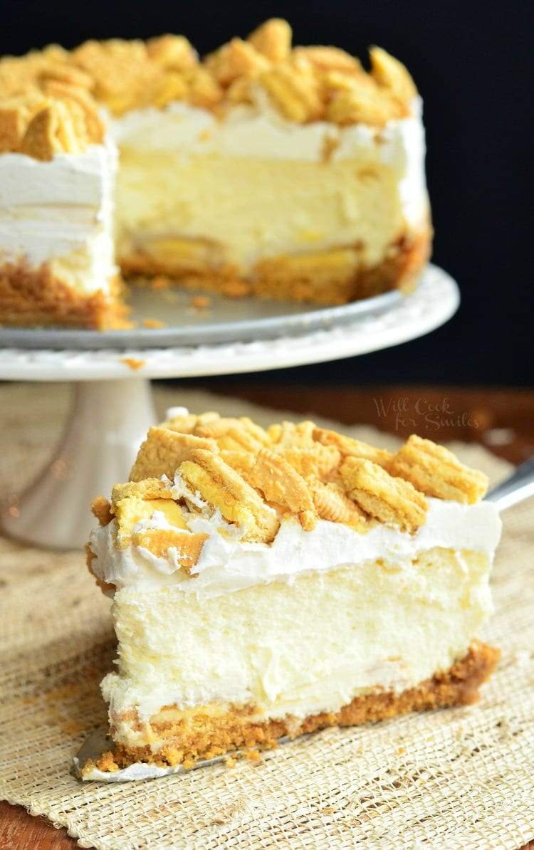 Lemon Oreo Cheesecake. It's an elegant, gentle, and just heavenly cheesecake.