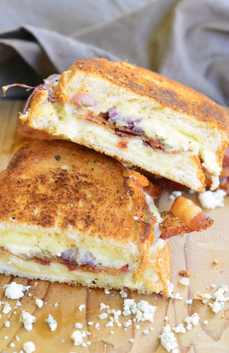 Peppered Bacon and Blue Grilled Cheese | from willcookforsmiles.com