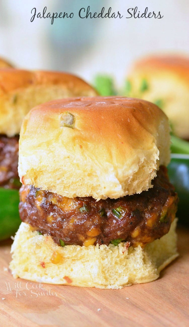 Jalapeno Cheddar Sliders. DELICIOUS little cheeseburgers with a kick of jalapenos and cheese mixed right in.