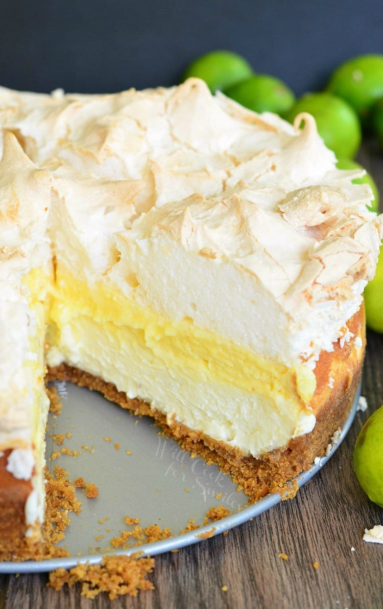 Key Lime Pie Cheesecake | from willcookforsmiles.com