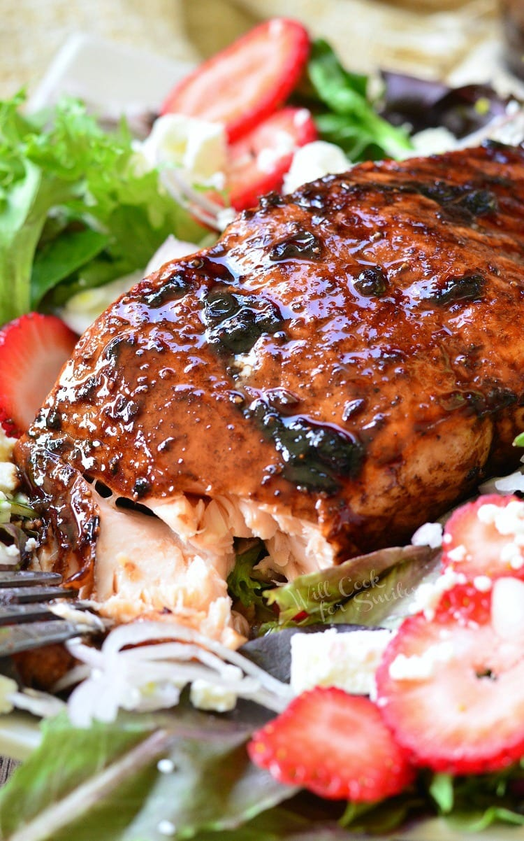 Strawberry Balsamic Glazed Salmon Salad | willcookforsmiles.com