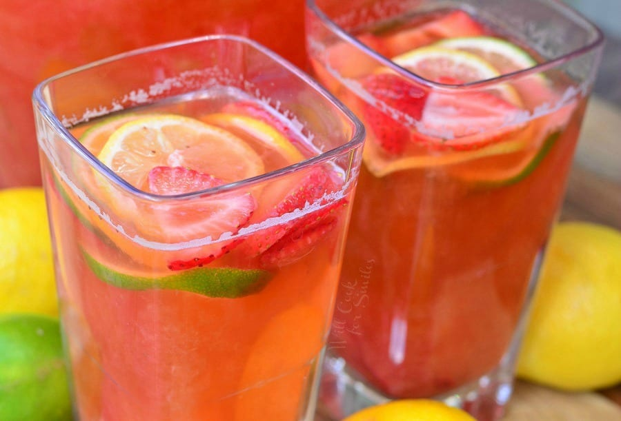 Homemade Strawberry Lemon Lime Lemonade 4