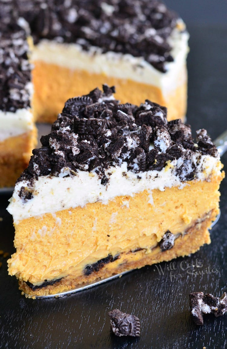Layered Oreo Pumpkin Cheesecake. This is a fantastic cheesecake recipe that would make a perfect fall dessert. Layers of pumpkin cheesecake, crushed Oreo cookies, and spiced mascarpone frosting.