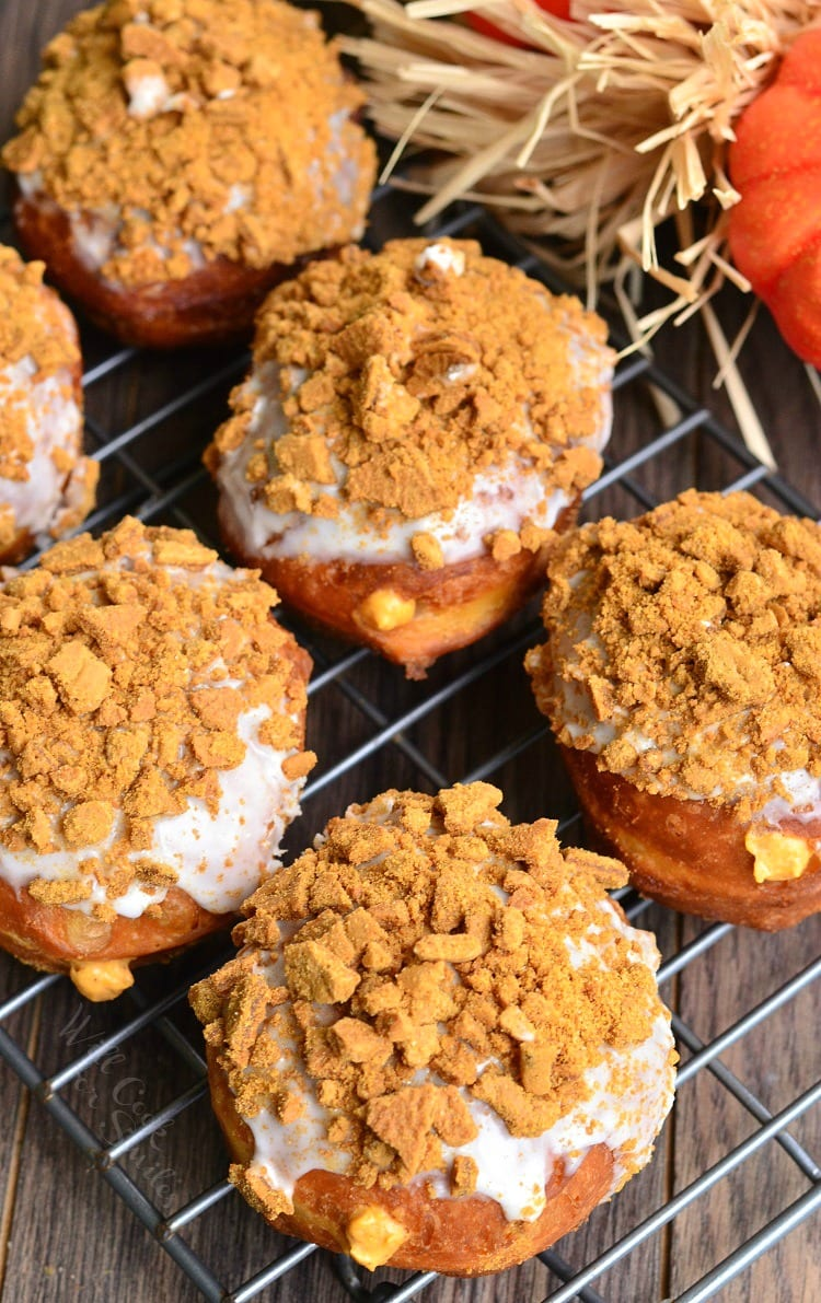 Pumpkin Cheesecake Doughnuts with Gingersnap Crumb 1