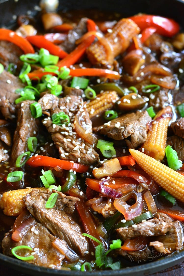 Sesame Steak Stir Fry. Easy steak dinner loaded with veggies and ready in about 45 minutes. from willcookforsmiles.com