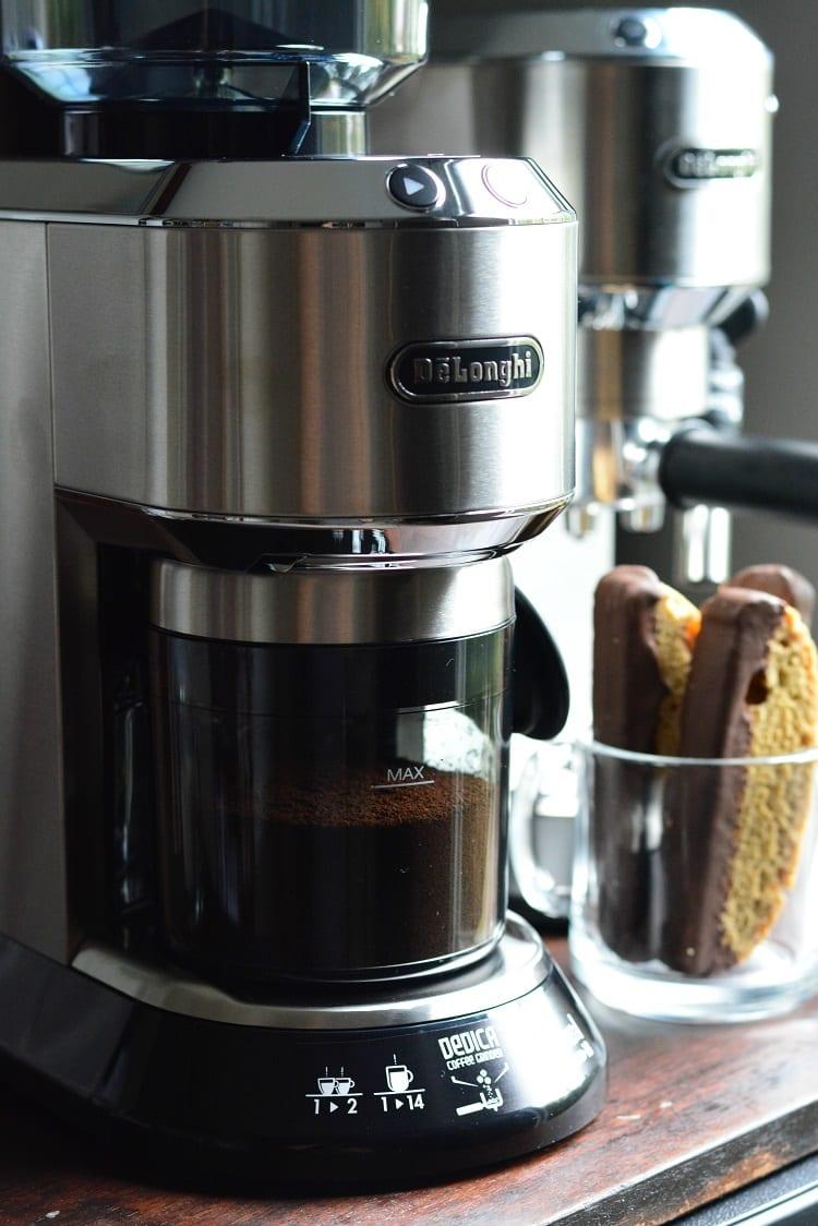 Dark Chocolate Cappuccino Biscotti. from willcookforsmiles.com #biscotti #biscottirecipe #cappuccino