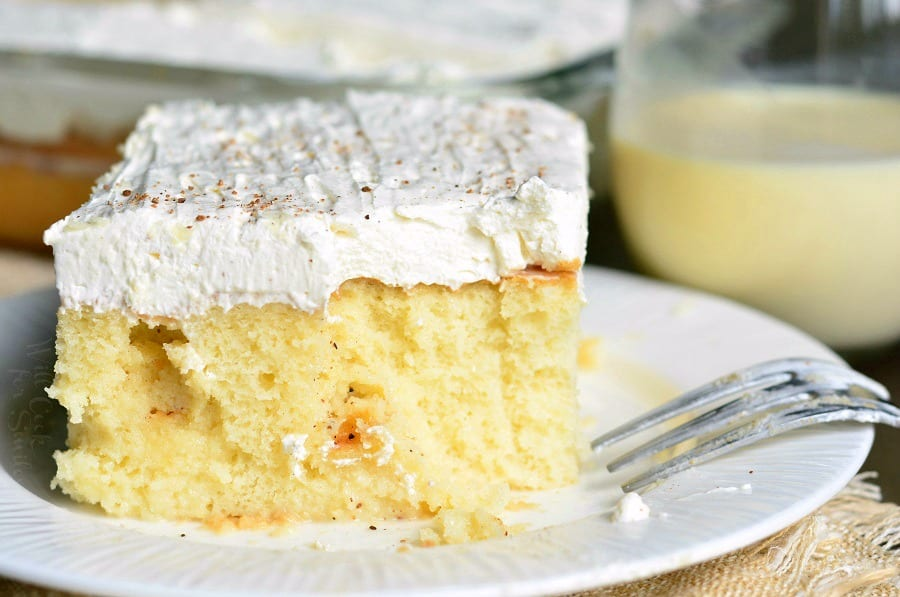 Eggnog Poke Cake! PERFECT easy cake for the season. #pokecake #eggnog