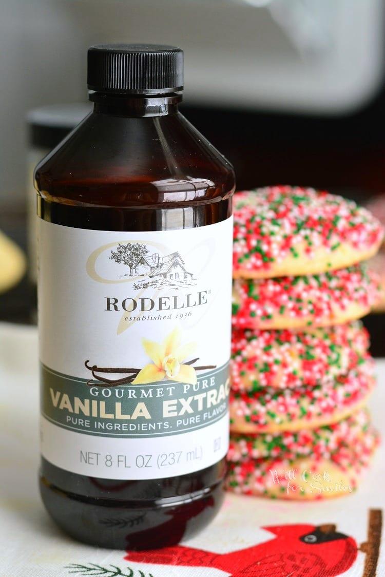 Vanilla Bean Orange Zest Sugar Cookies. #sugarcookies