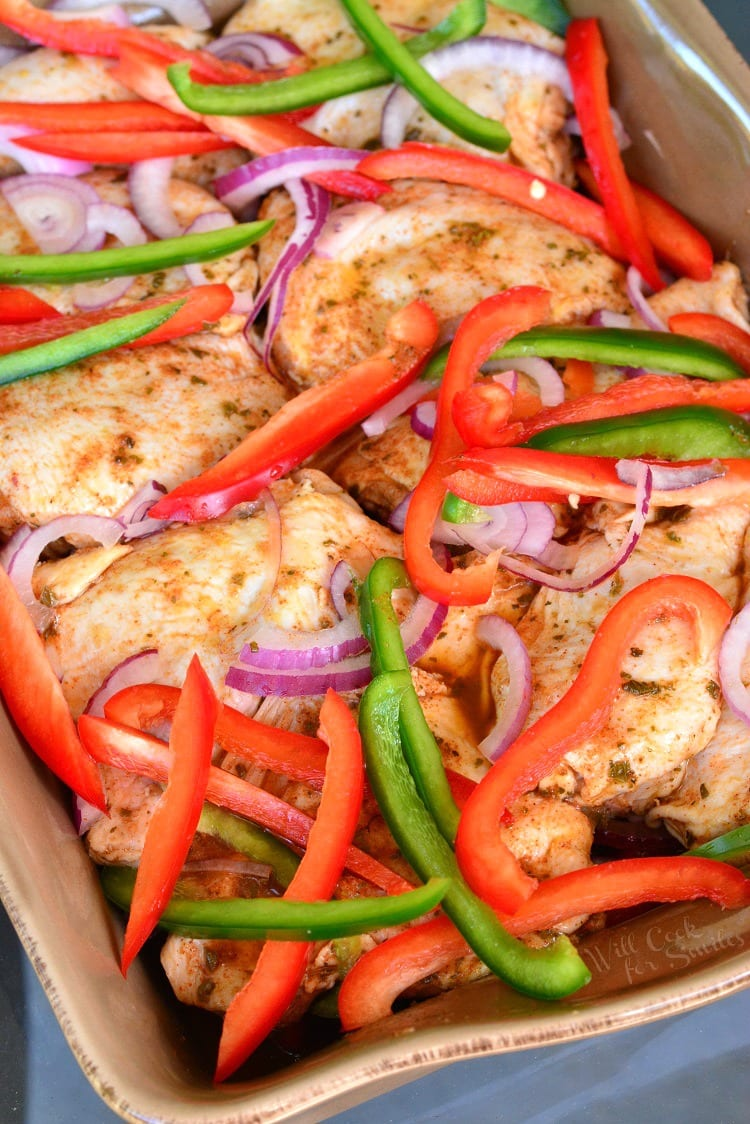Southwest Chicken Marinade and Baked Chicken. This is a delicious baked chicken dish made with bell peppers, red onions, and southwest chicken marinade. Very easy dinner and a tasty overnight marinade. #chickenmarinade #southwestchicken #baked chicken #chicken