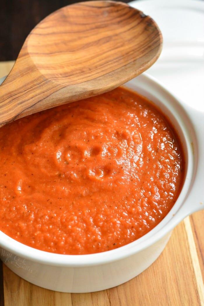 How to make easy pasta sauce. #pasta #penne #pastabake #pastacasserole #tomatosauce #pastasauce #spaghettisauce #rostedgarlic