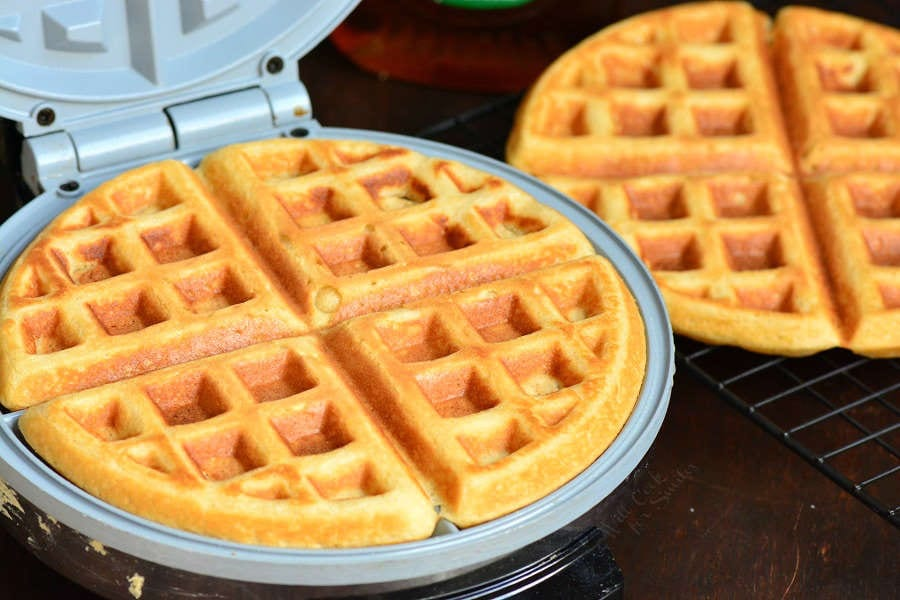 Classic Waffles Recipe. These waffles are soft and fluffy on the inside and crunchy on the outside. A perfect way to start the day. #waffles #breakfast