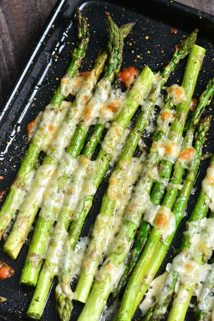Italian Roasted Asparagus is a simple side dish that will be ready in less than 20 minutes. It's made with addition of Italian flavors like oregano, parsley, and Parmesan cheese.