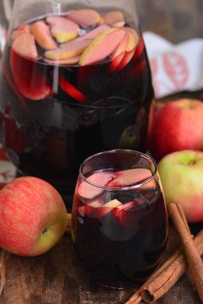 Fall apple sangria