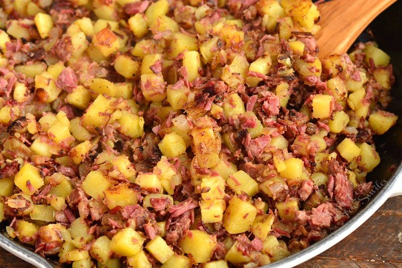 cooked potatoes and corned beef