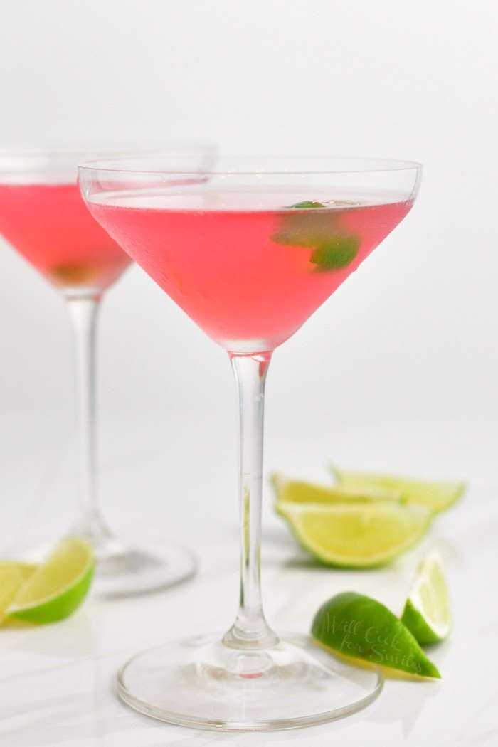 The Perfect Cosmopolitan Cocktail Learn How To Make This Classic Cocktail