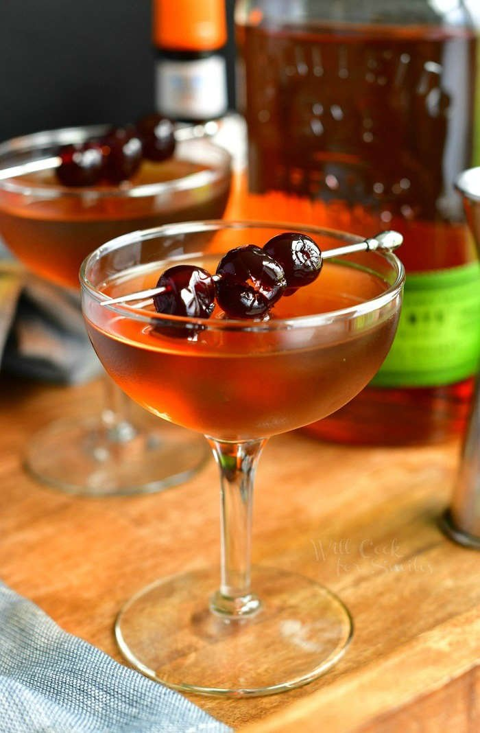 Manhattan Cocktail Learn How To Make This Timeless Classic