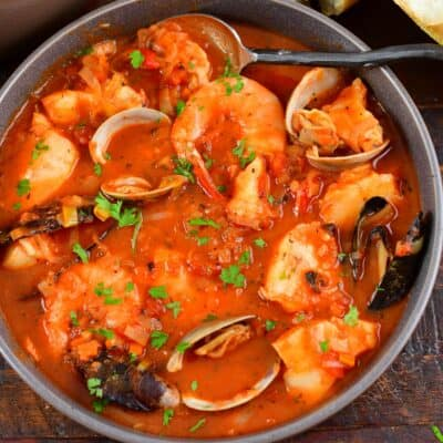 closeup of top view of Cioppino in a bowl